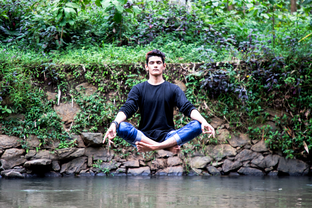 top10_Levitation_photography_photomentor_bhanuprakash