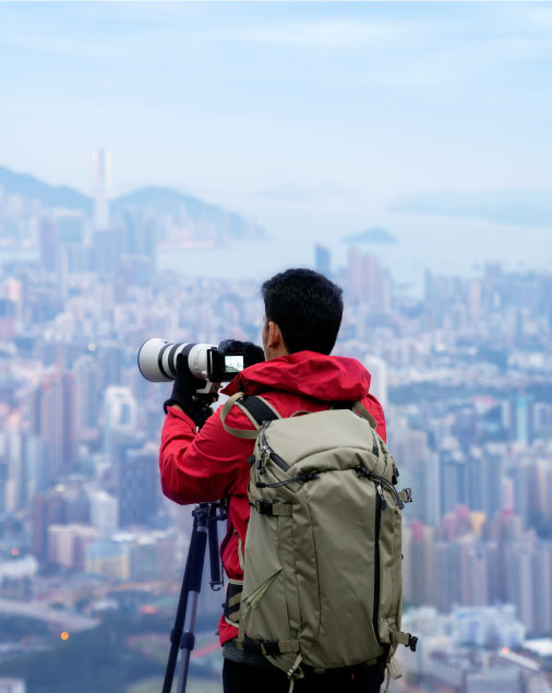 travel photographer in shooting